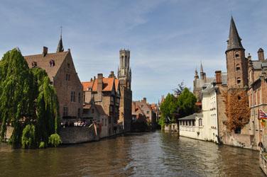 Intersecting cnals, Bruges, Belgium