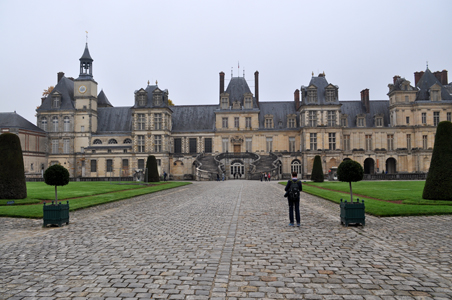 Chateau Fontainebleau, main entrance, Fontainebleau, France